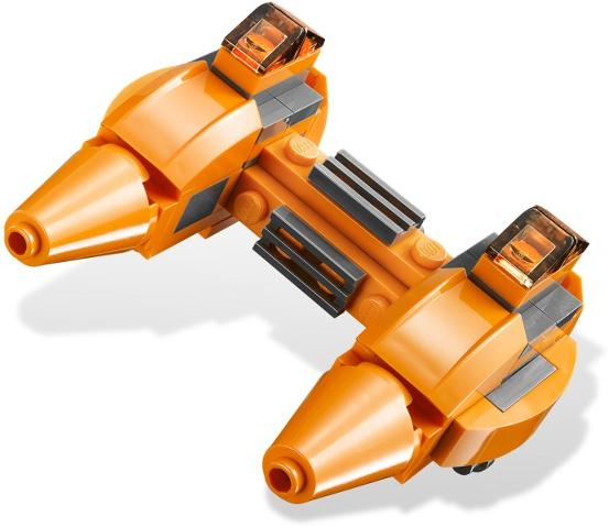 553px-9678_Twin-pod_Cloud_Car_&_Bespin_2